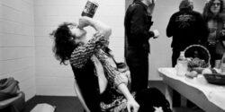 Led Zeppelin, sinekten yağ çıkarma peşinde
