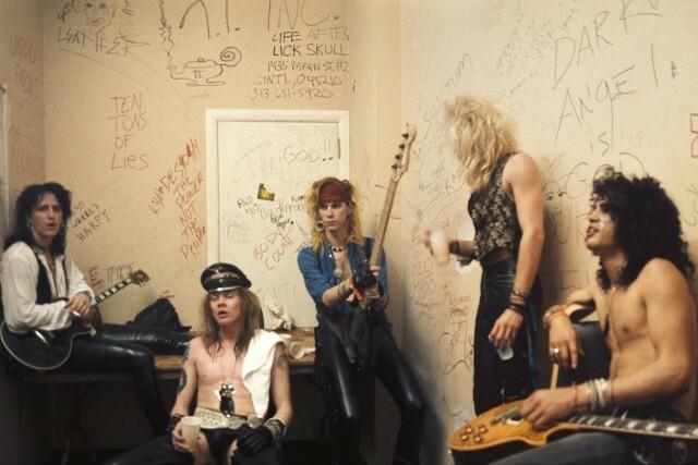 You are currently viewing Axl, Slash ve Duff'lı Guns N' Roses, yeni şarkılar yapacak!