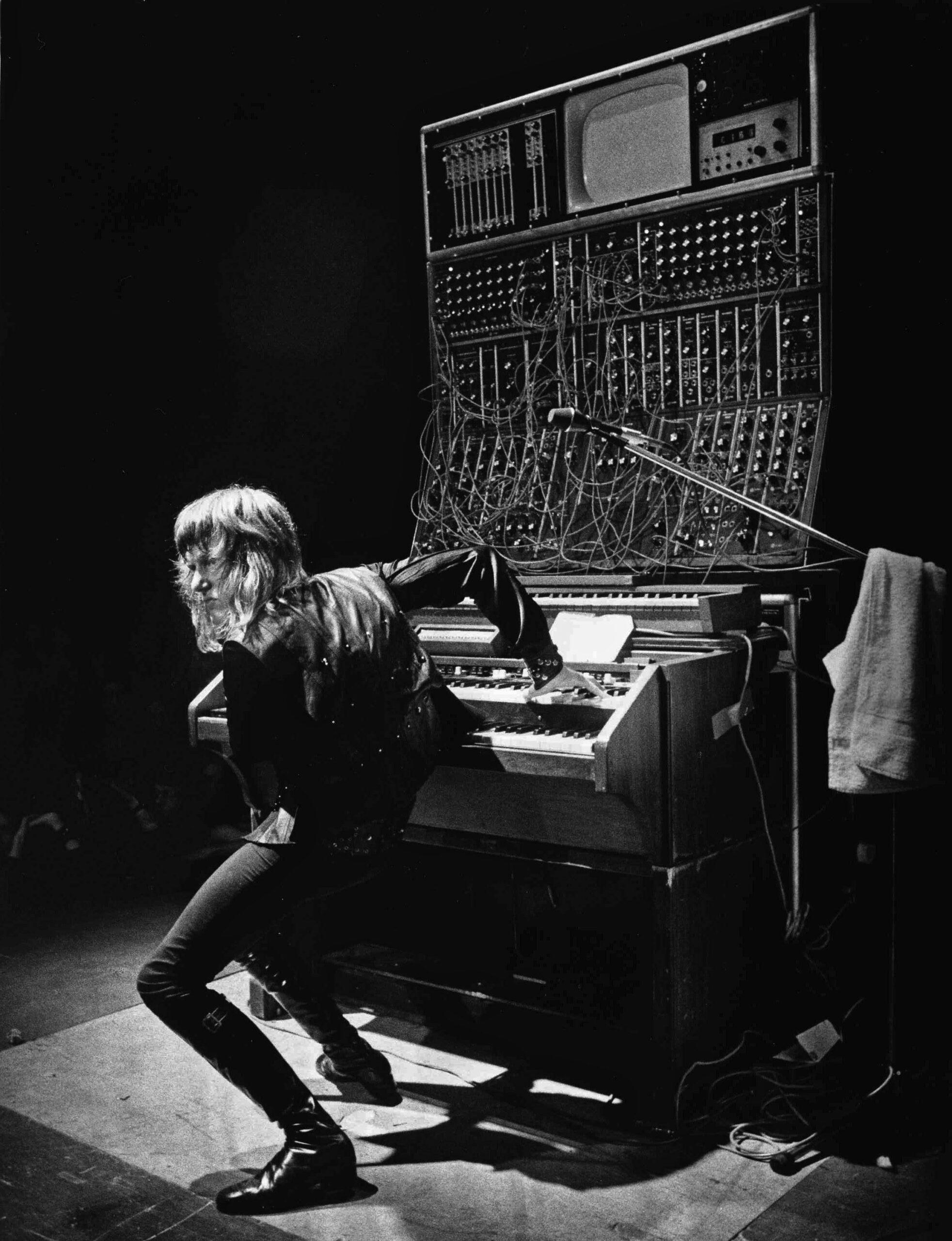Read more about the article Keith Emerson'ın ölüm sebebi açıklandı; büyük rocker intihar etti
