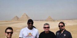 El Sisi, Sepultura'yı da devirdi