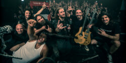 Hayat devam ediyor; % Yüz Metal Festivali de!