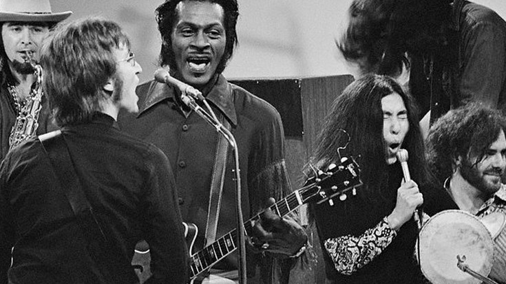 You are currently viewing Chuck Berry, The Beatles'tan nasıl tiksindi?