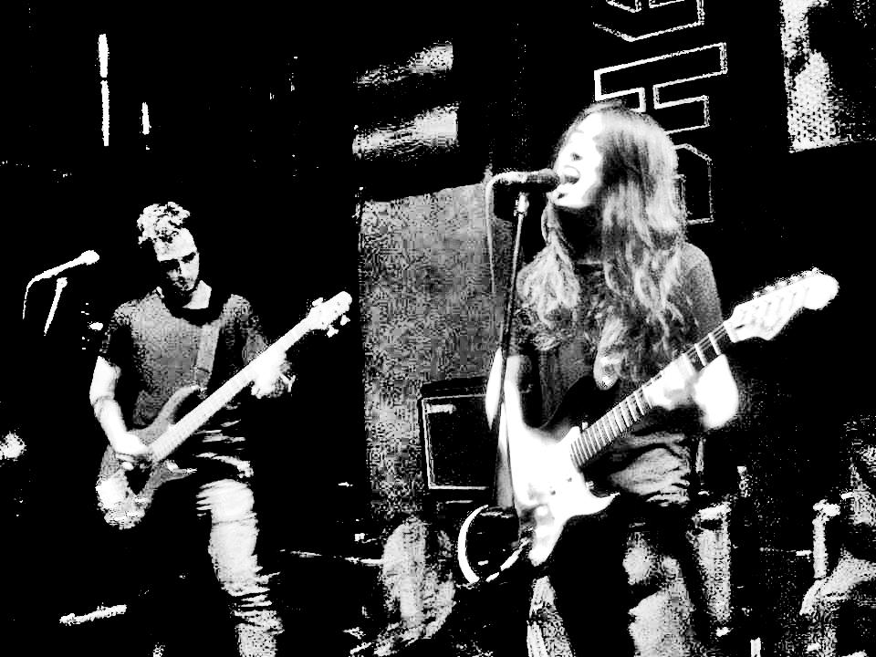 You are currently viewing Hiçbir şeye tapmak istemeyen grup: Hedonistic Noise