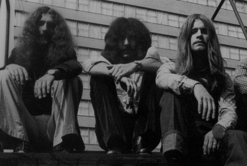 You are currently viewing Black Sabbath aslına rücu ederek blues'a dönüyor; belgesel yolda