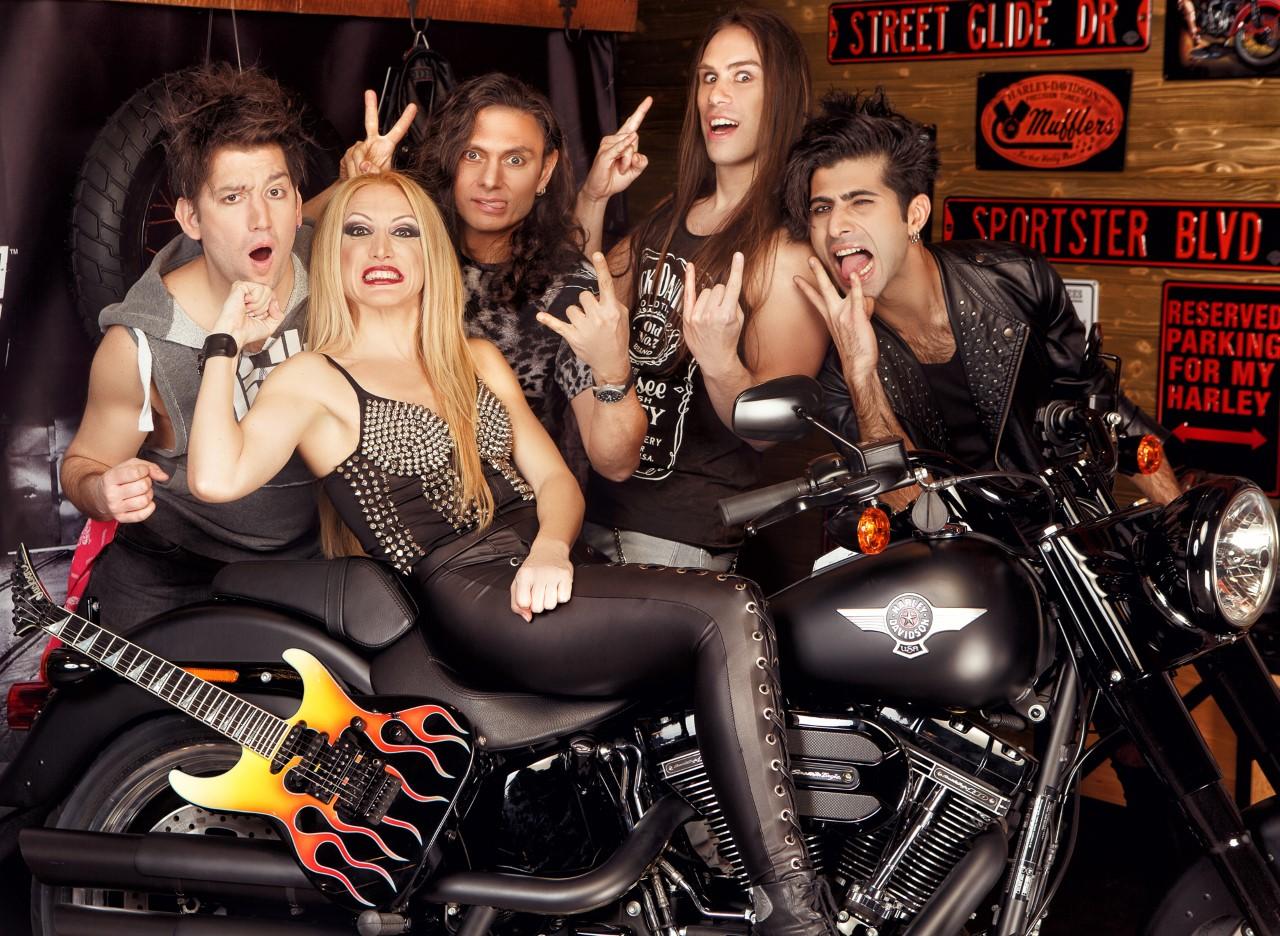 You are currently viewing The Madcap'ten yüzde yüz yerli ve milli glam rock albümü