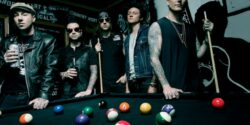 Avenged Sevenfold'tan köklere saygı; Beach Boys'a hürmet