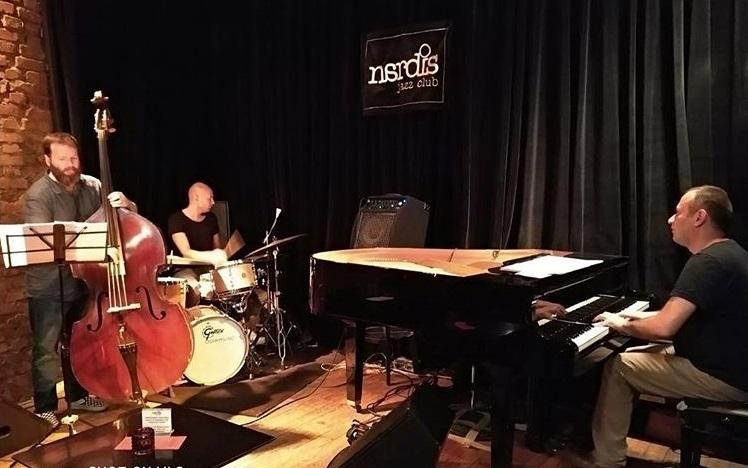 Read more about the article Anadolu türküsü ile ecnebi jazz sevişince Arfana doğdu