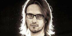 Neden Steven Wilson konserine gitmelisiniz? Onun eşsiz müzik belgeseli Insurgentes'e bir göz atalım