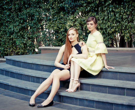 Maisie-Williams-and-Sophie-Turner
