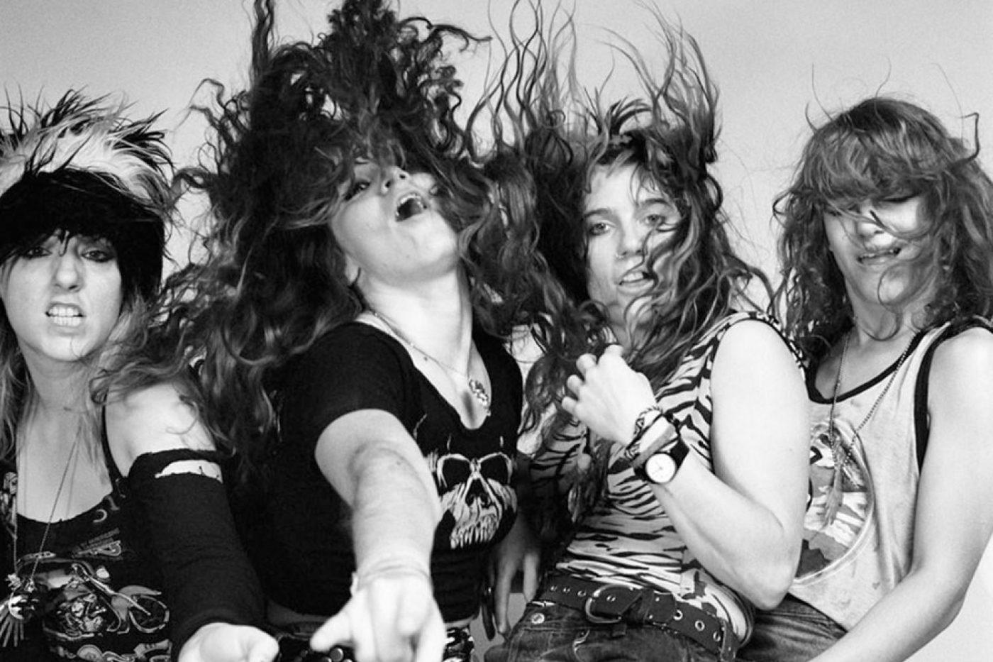 Read more about the article Grunge Rock'ın feministleri 20 sene sonra yeniden plak bastı