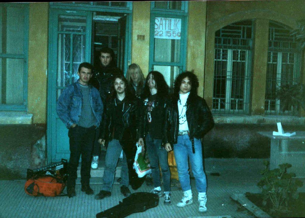 You are currently viewing Yolu İzmir'den geçen ve Şeytana hizmette sınır tanımayan Black Metalciler: Mayhem