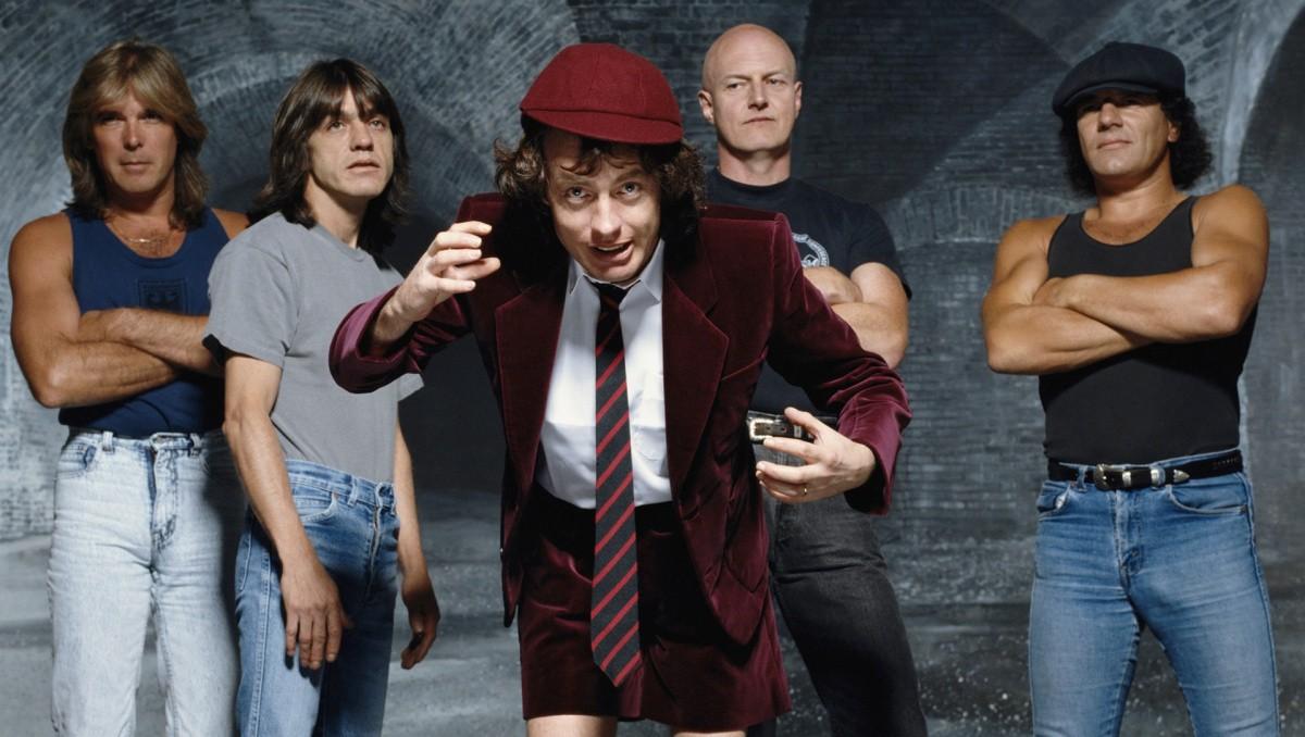 "You are currently viewing ""Monsters of Rock""-Moscow'91'de bir Türk metalci… (4) AC/DC Sovyetler'de!"
