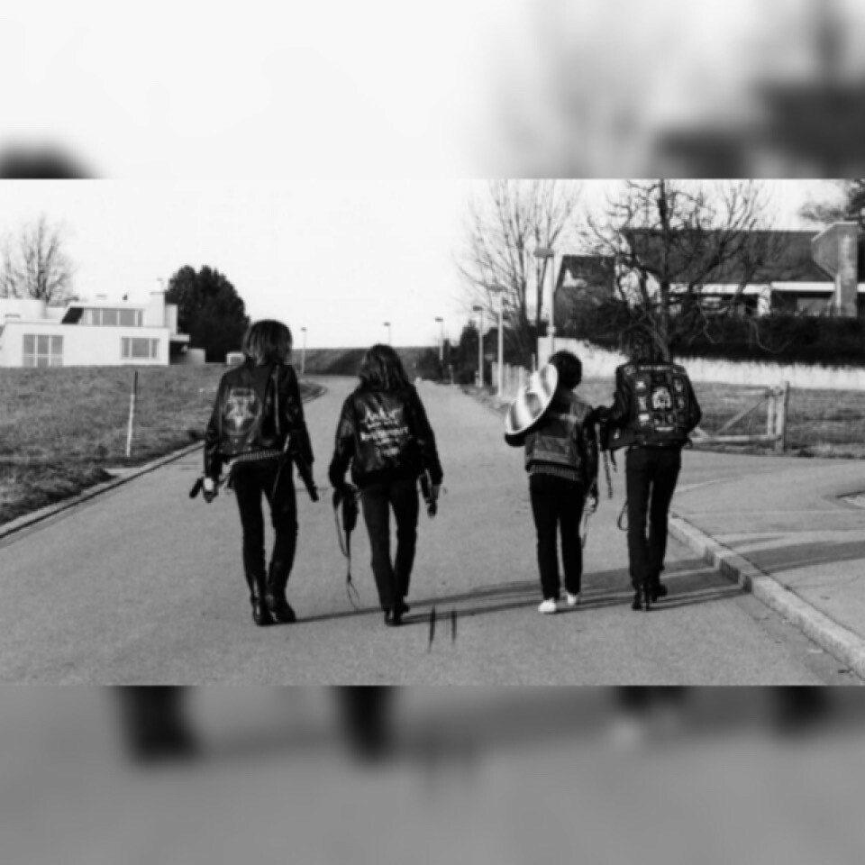 You are currently viewing Metal Müziğin Sesi Olmaya Adanmış Delikanlılar: Hellhammer