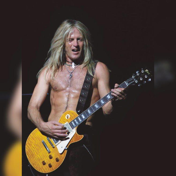 Read more about the article KISS, Dio, Whitesnake tedrisatından geçen büyük gitarist Doug Aldrich ile Özel Röportaj